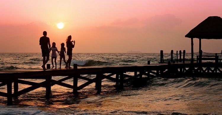 7 probleme cauzate de lipsa dragostei părintești. Sfaturi pentru părinți.