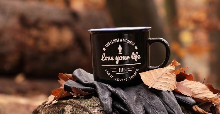 Învață, mai întâi, să te iubești pe tine!